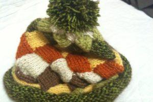 手編みの帽子2